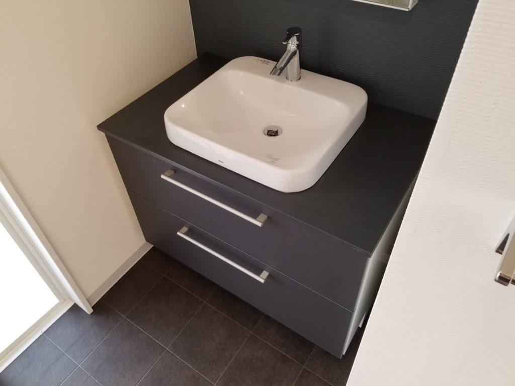 洗面所の床シートの張替え