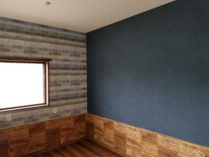 洋室の壁紙張替えの施工後